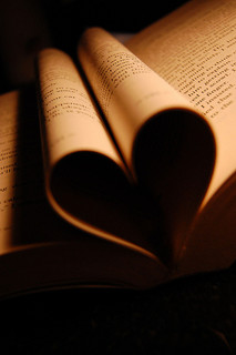 Heart in Pages by Vincent Lock from Flickr (Creative Commons License)