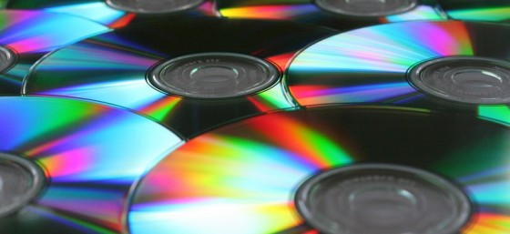 CDs or DVDs by mlange_b from Flickr (Creative Commons License)